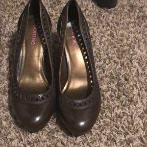 Connie brown heels size 71/2